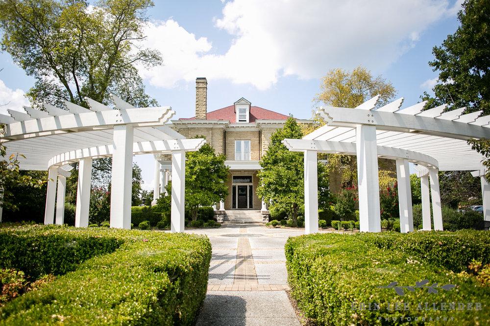 Garden_Mitchell_House_Lebanon_Tennessee