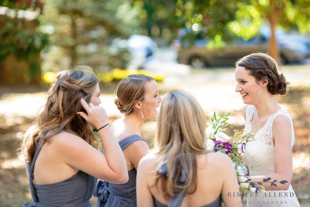 Bridesmaids_Congratulate_Bride