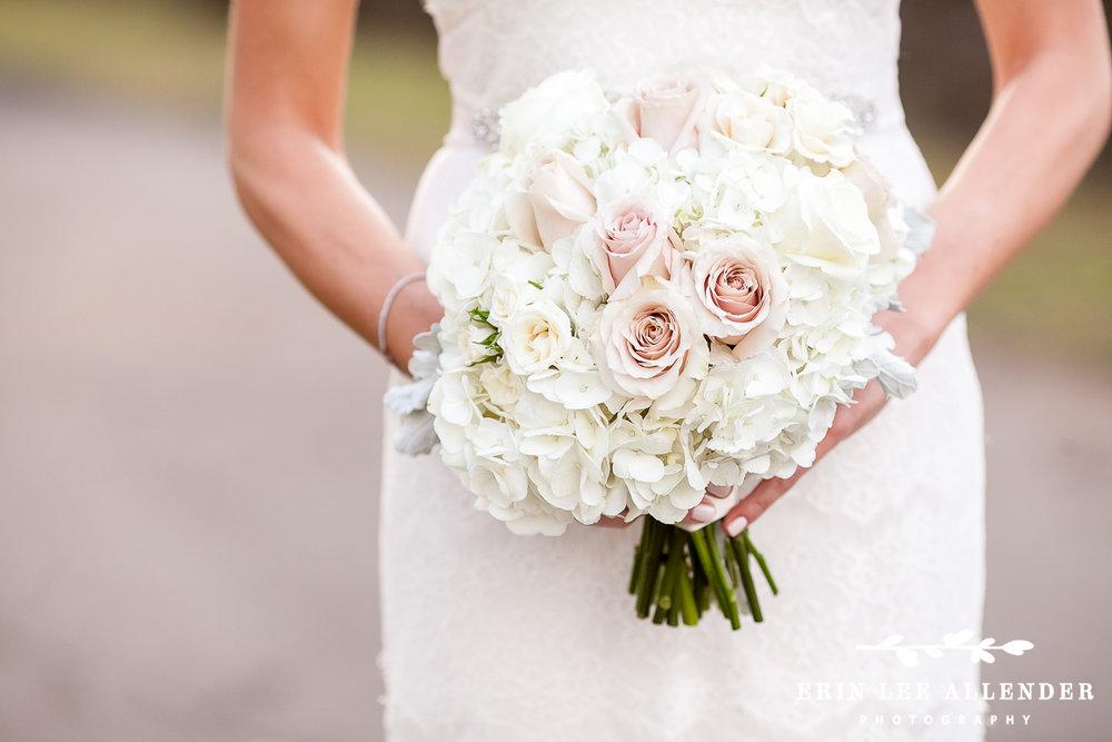 Winter_Wedding_Bouquet