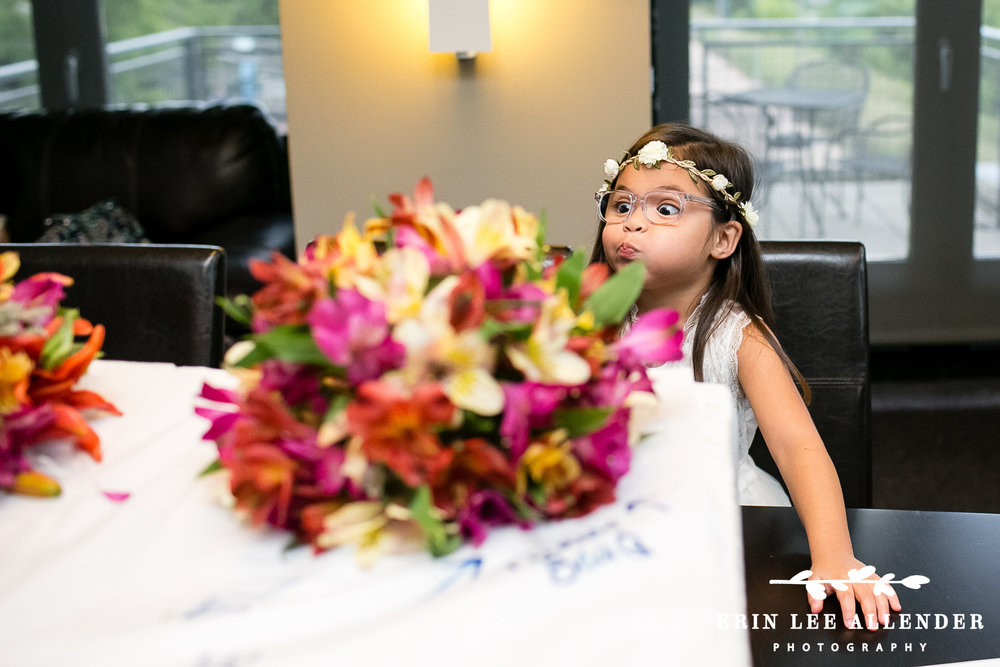 Flower_Girl_Makes_Funny_Face