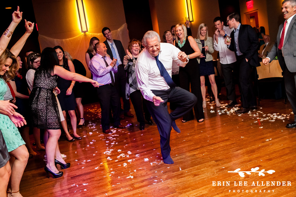 Dad_Dancing_at_Reception