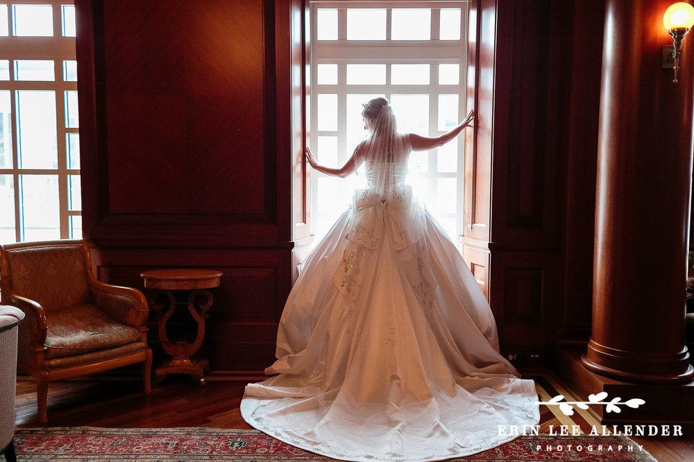 Bride_In_Window