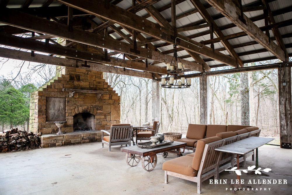 Rustic_Outdoor_Stone_Fireplace