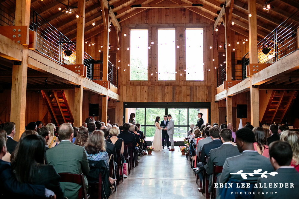 Barn_Wedding