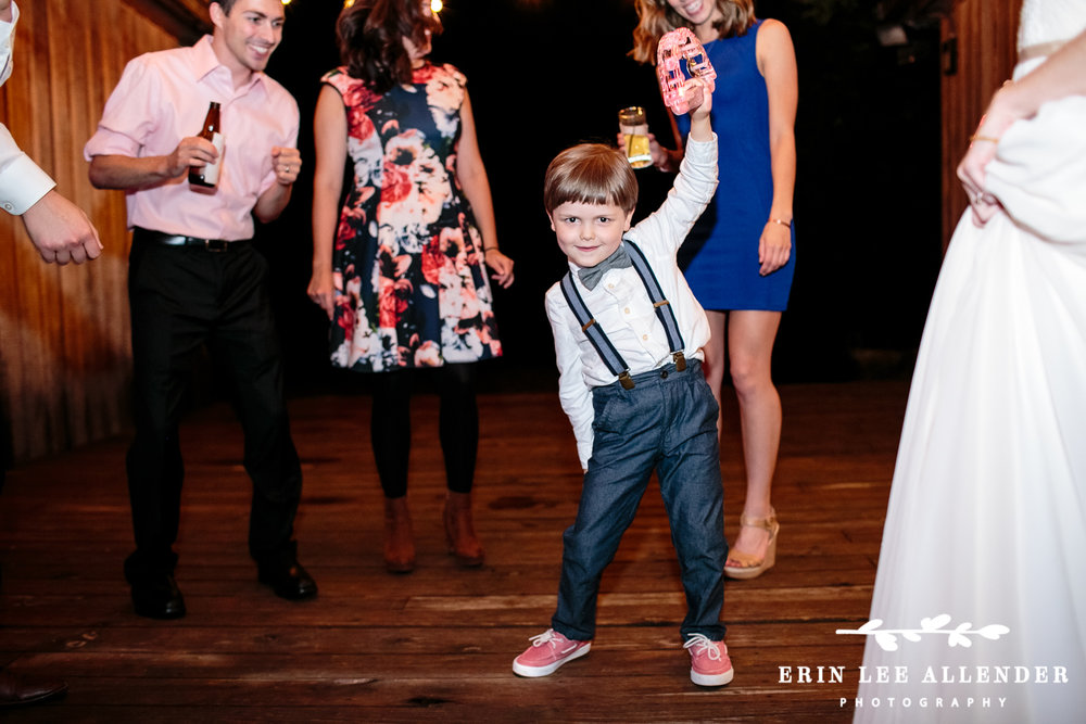 Ring_bearer_Dancing