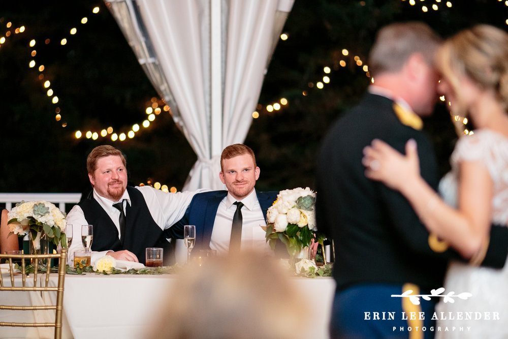 Groom_Cries_During_Father_Bride_Dance