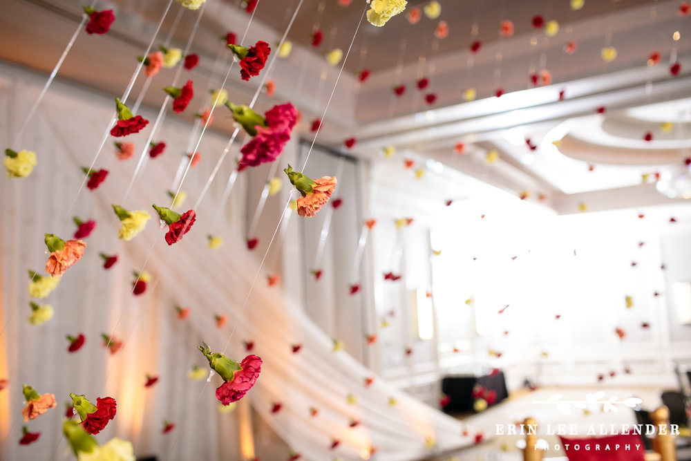 Indian_wedding_flower_Garland