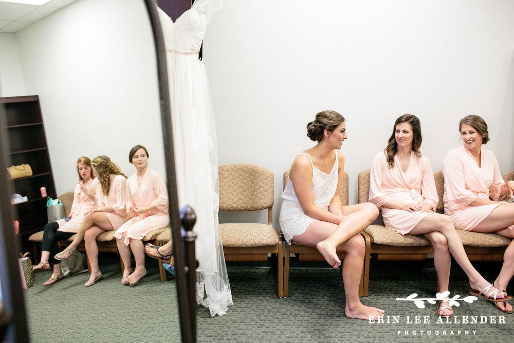 Pink_Bridesmaids_Robes