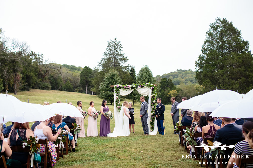 Cedarwood_Wedding_In_The_Rain