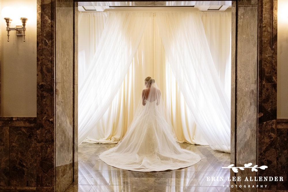 Dramatic_Bridal_Portrait