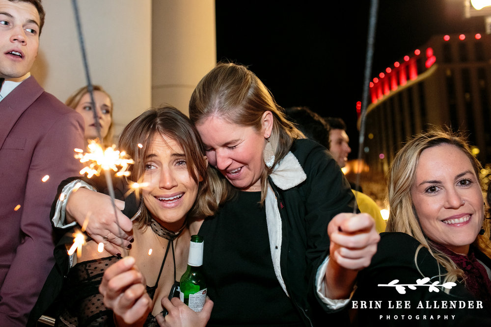 Guests_With_Sparklers