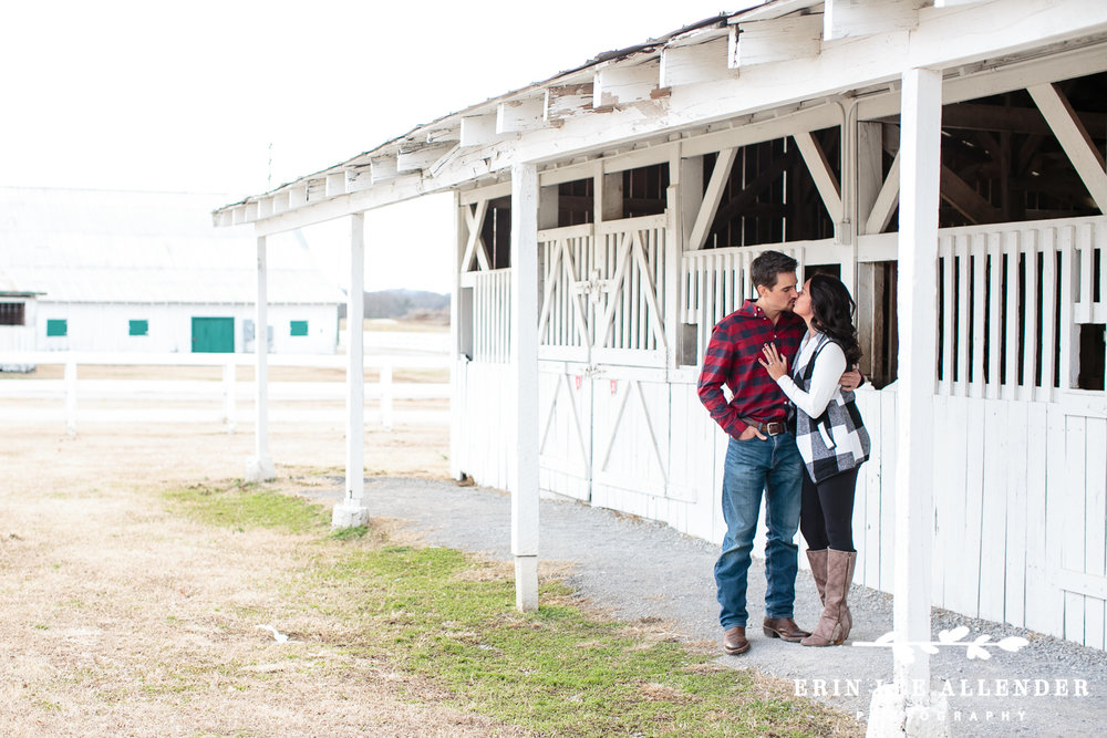 Horse_Stable_Inspired_Engagement_Session