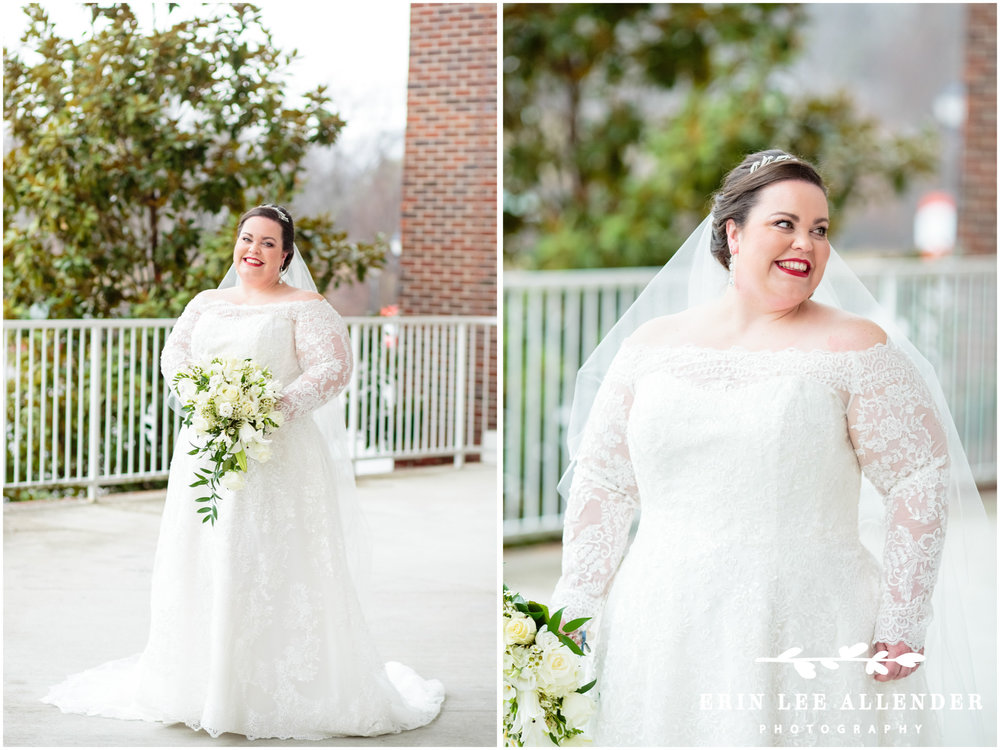 Bride_In_lace_sleeves