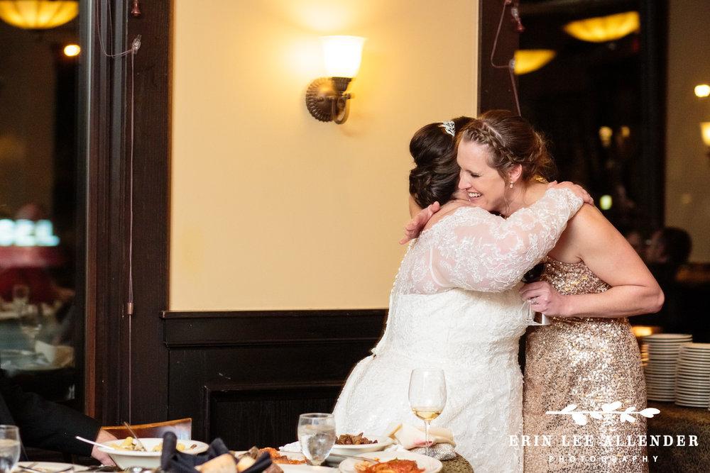 Bride_Hugs_Bridesmaids