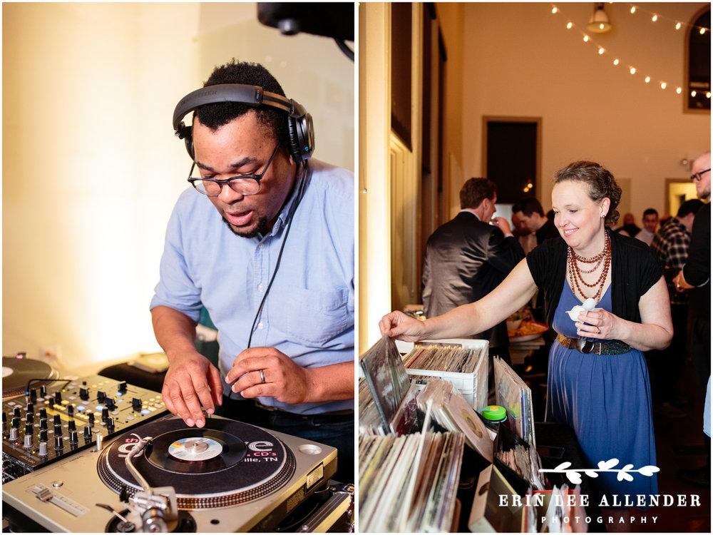 DJ_Spinning_Vinyl