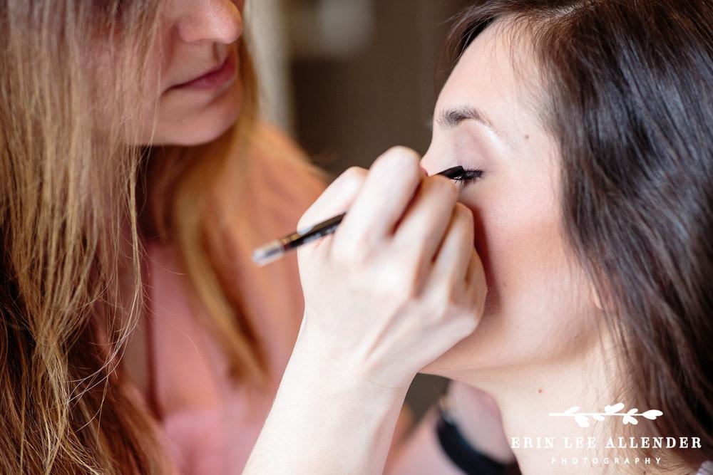 Make_Up_Bride