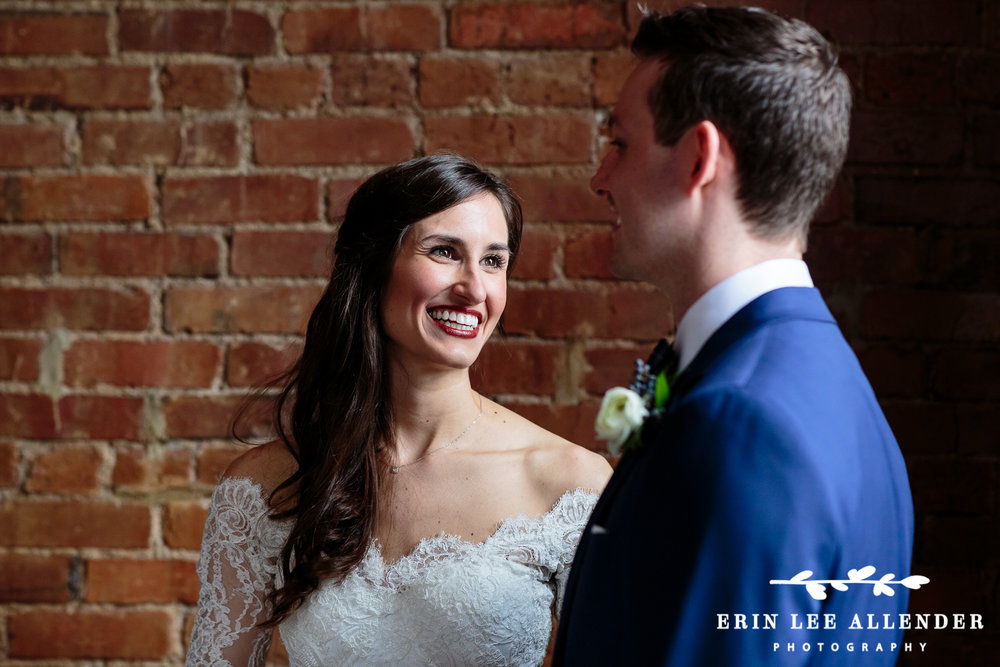 Bride_Looks_At_Groom