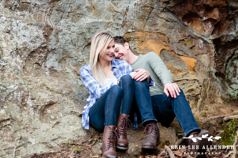 Couple_Laughs_On_Rock