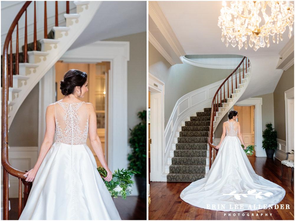 Jeweled_Back_Of_Wedding_Dress