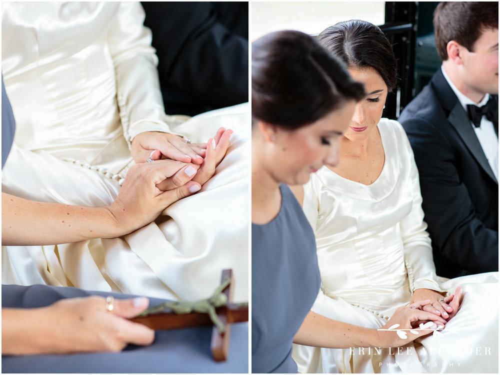 Bride_Sister_Look_At_Rings