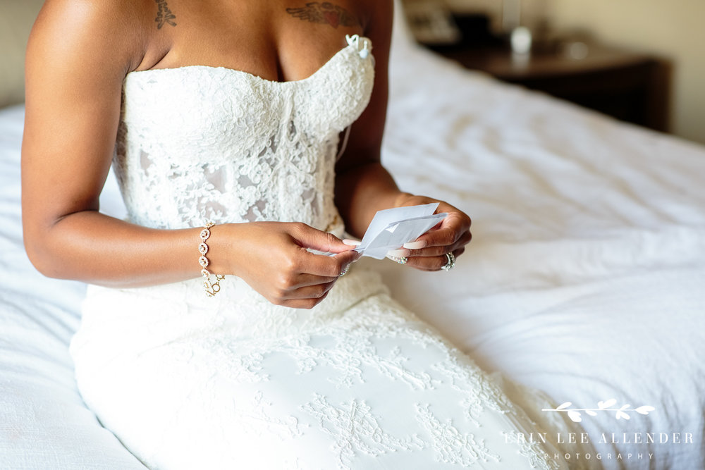 Bride_Reading_Note_From_Groom