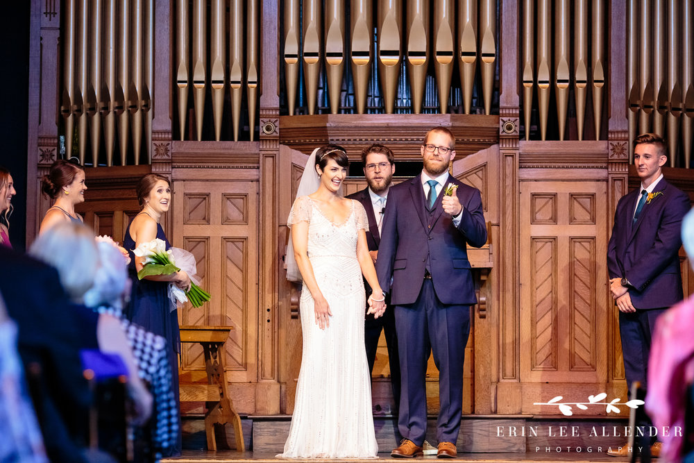Groom_Gives_Church_Thumbs_Up