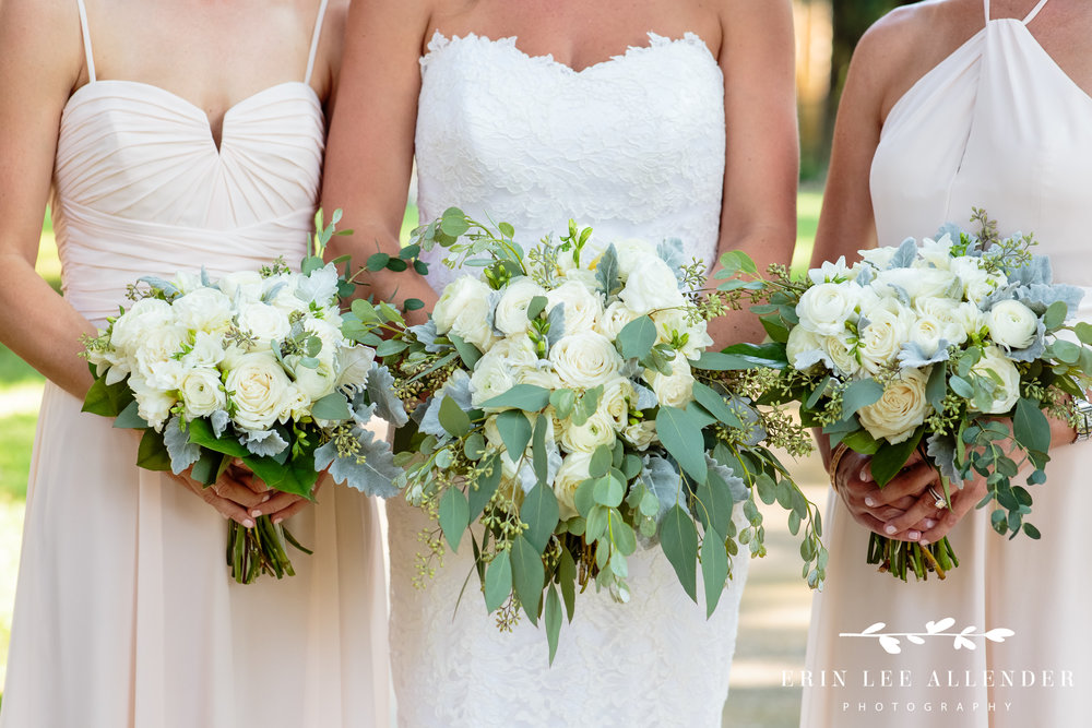 White_Green_Wedding_bouquet