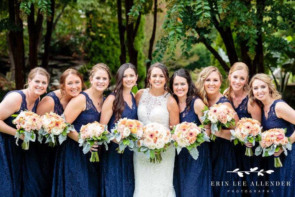 bridesmaids-in-navy
