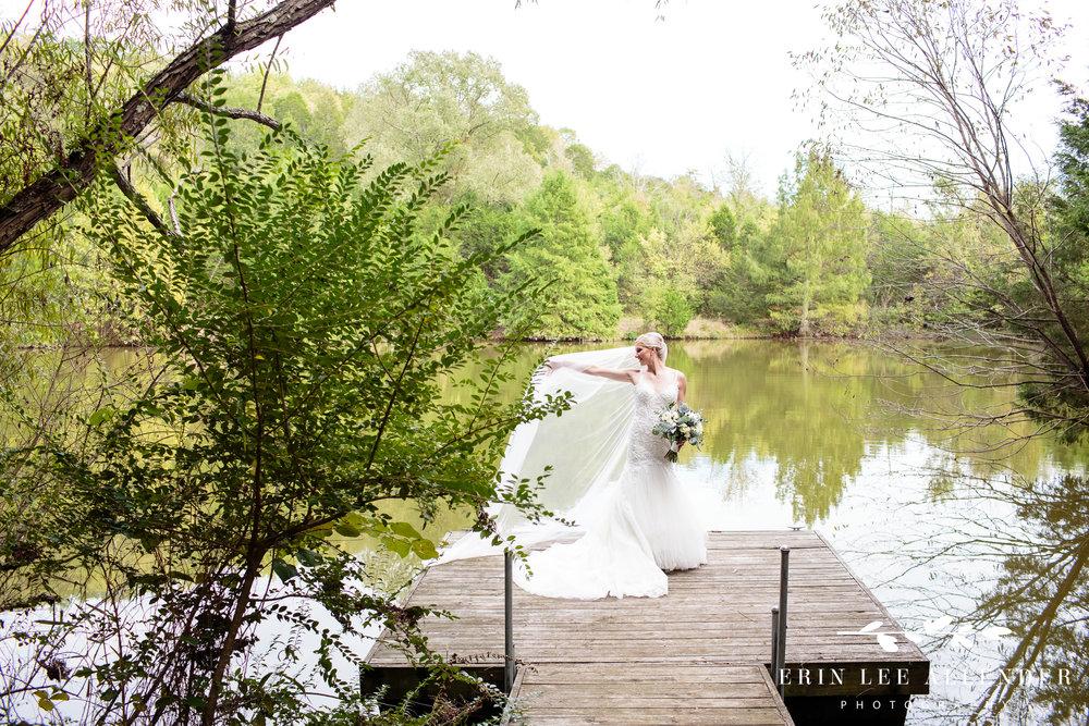 Bride-on-dock