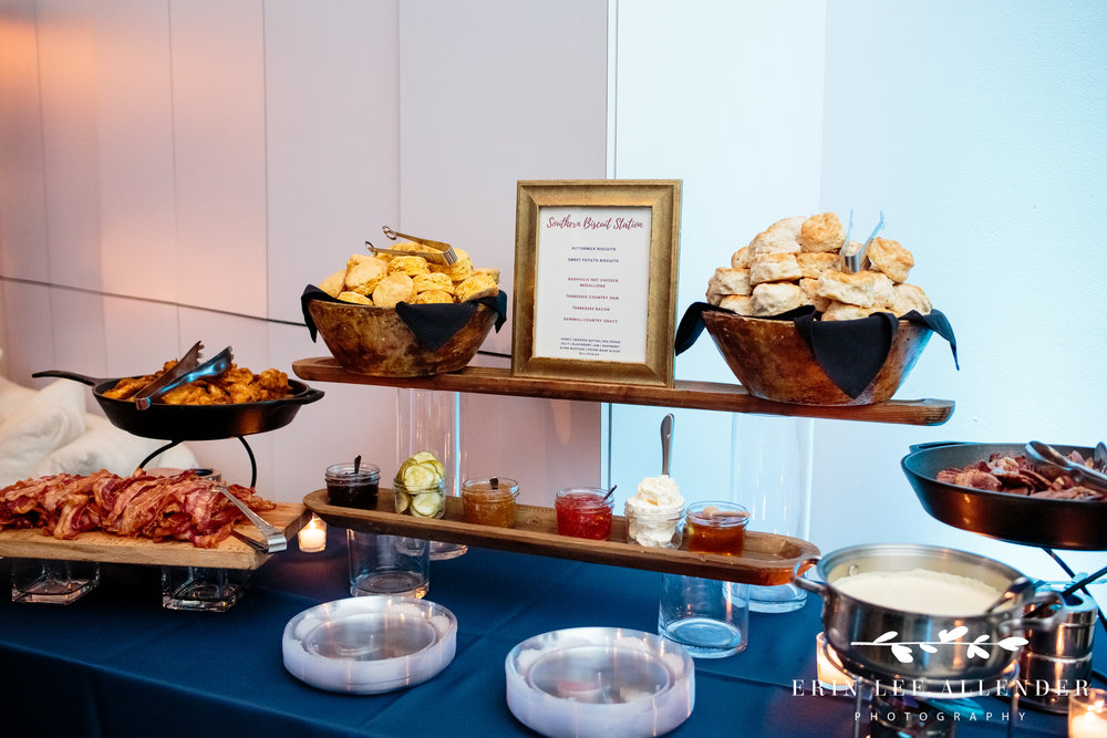 Biscuit-bar-wedding