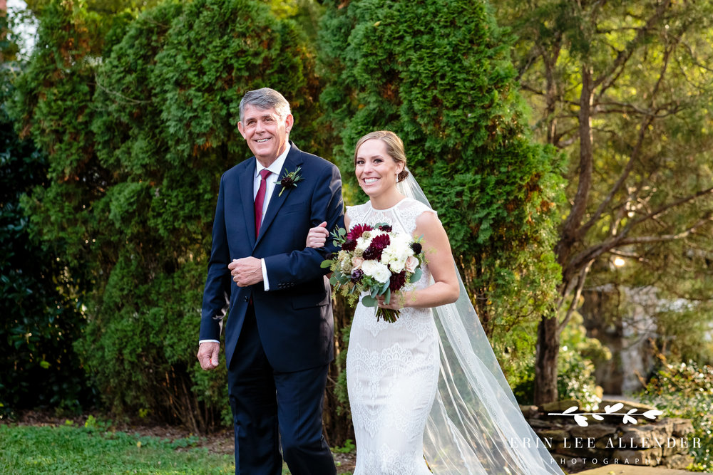 bride-dad-walking-down-the-aisle