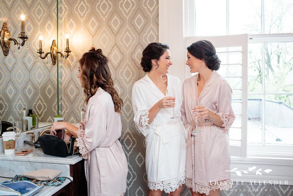 identical-twin-brides