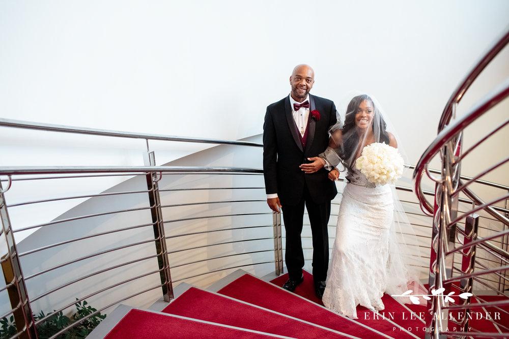bride-before-walking-down-aisle