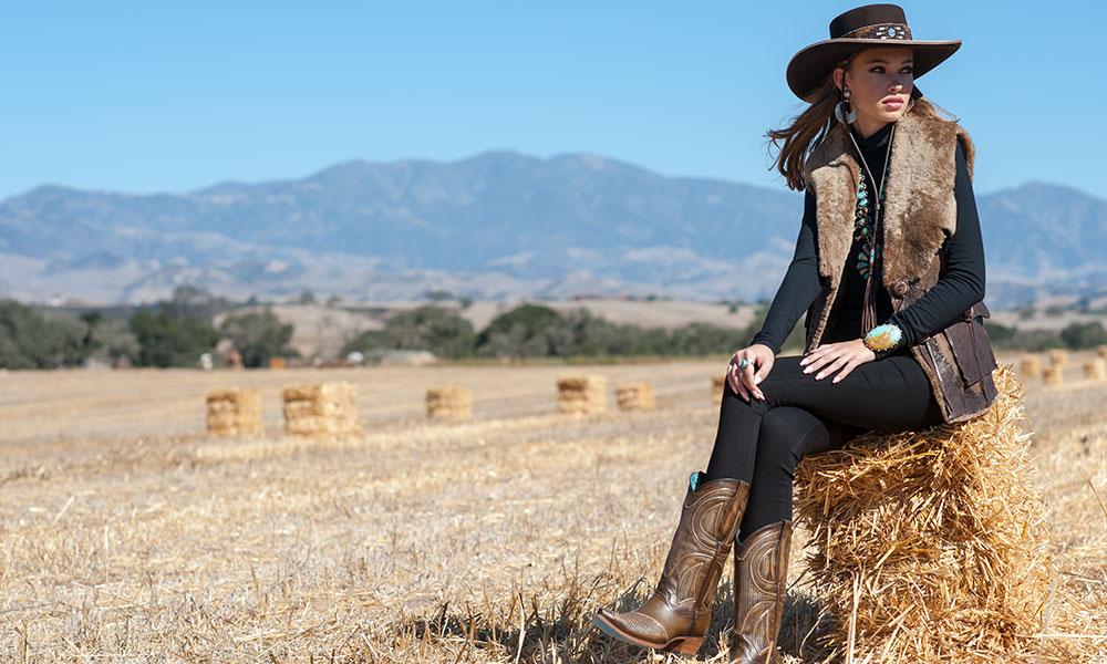 winter-fashion-feature-refugio-road-cowgirl-magazine-brit-west-vest.jpg