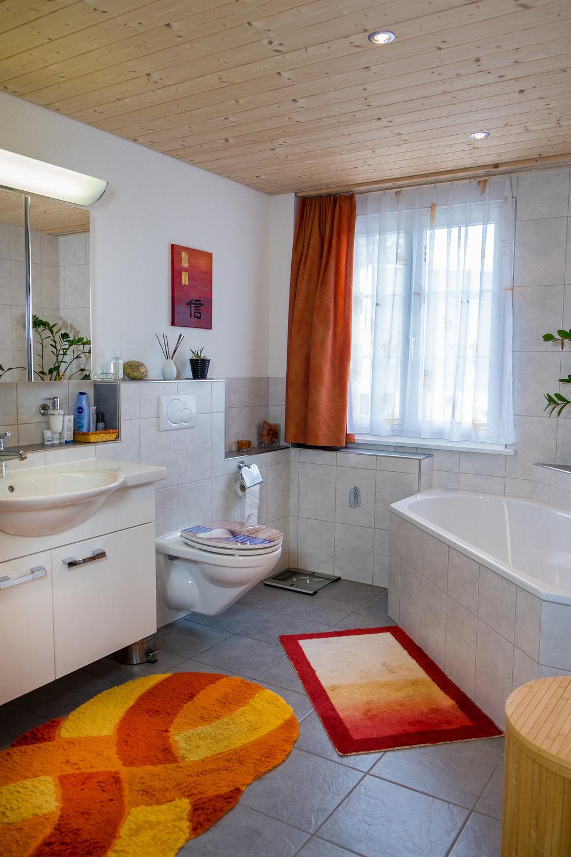 Badezimmer Gross.jpg