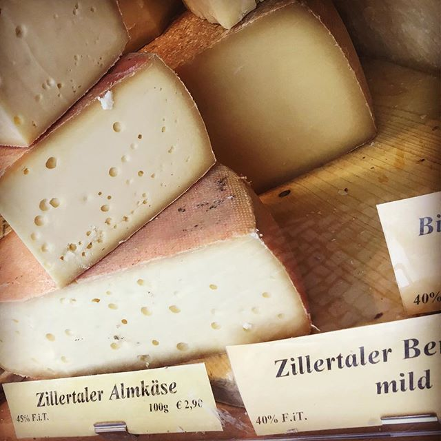 Almkäse from Austrian cows' milk in Zillertal (purchased from the Schloss Charlottenburg Christmas Market). This was the star on our cheese board last night, paired with a goose sausage and Berlin Helles from @brlobeer #austriancheese #almkäse #bergkäse #berlinfood #berlinfoodie #berlineats #cheeseplease