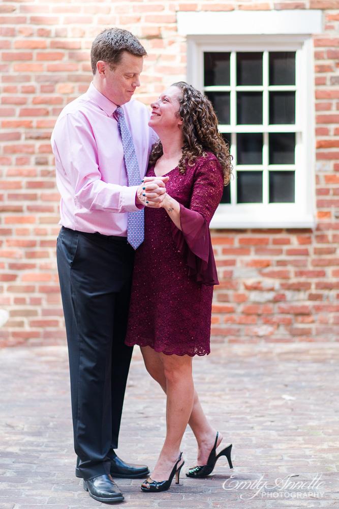 Emily-Annette-Photography-Elizabeth-Aaron-Elopement-Wedding-Alexandria-Virginia-09.jpg