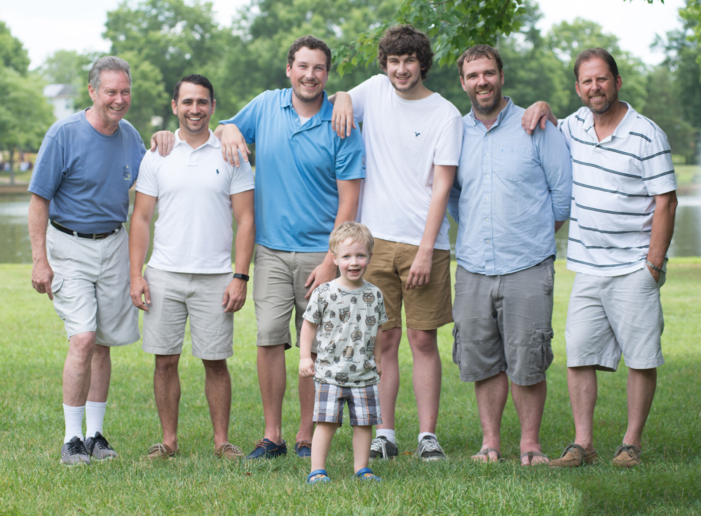 Extended family portraits in Bowie Maryland