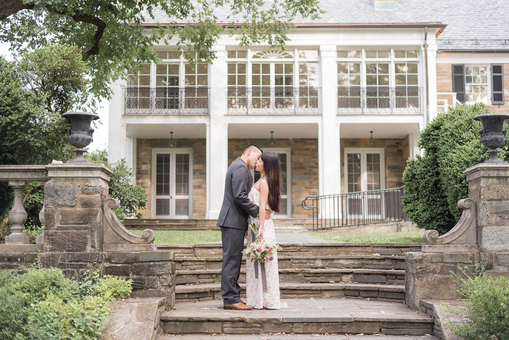 Glenview-Mansion-Engagement-Romantic-Kiss.jpg