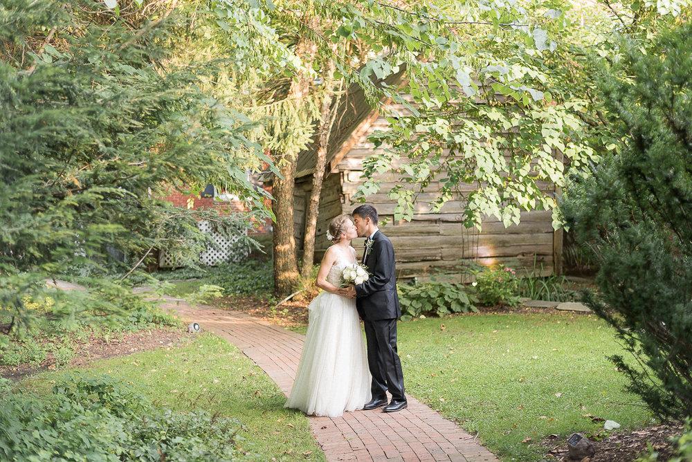Elkridge-Furnace-Inn-Wedding-Reception-Bride-Groom-19