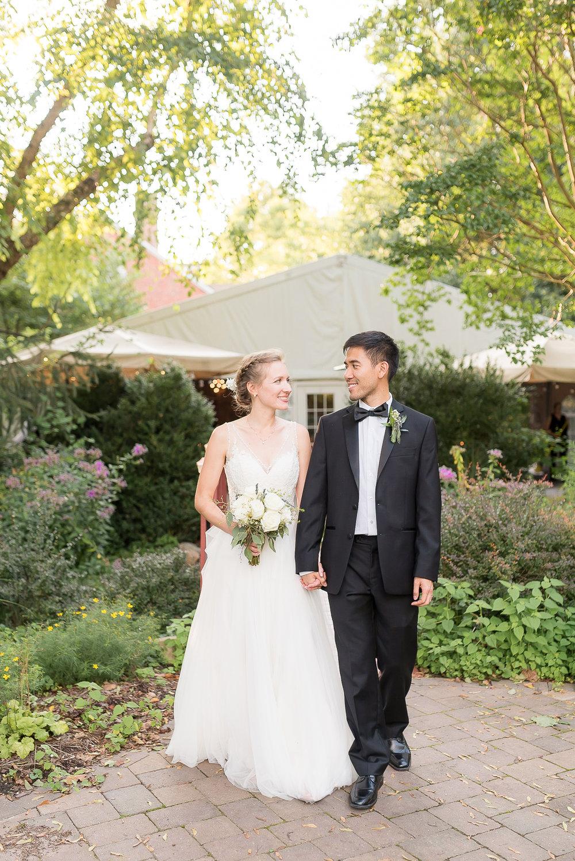 Elkridge-Furnance-Inn-Wedding-Reception-Bride-Groom-33