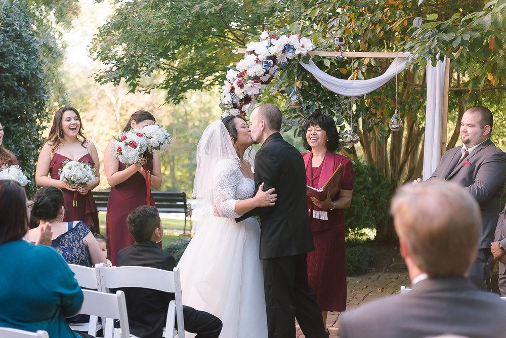 Maryland-Kentlands-Mansion-Wedding-Bride-Groom-22.jpg