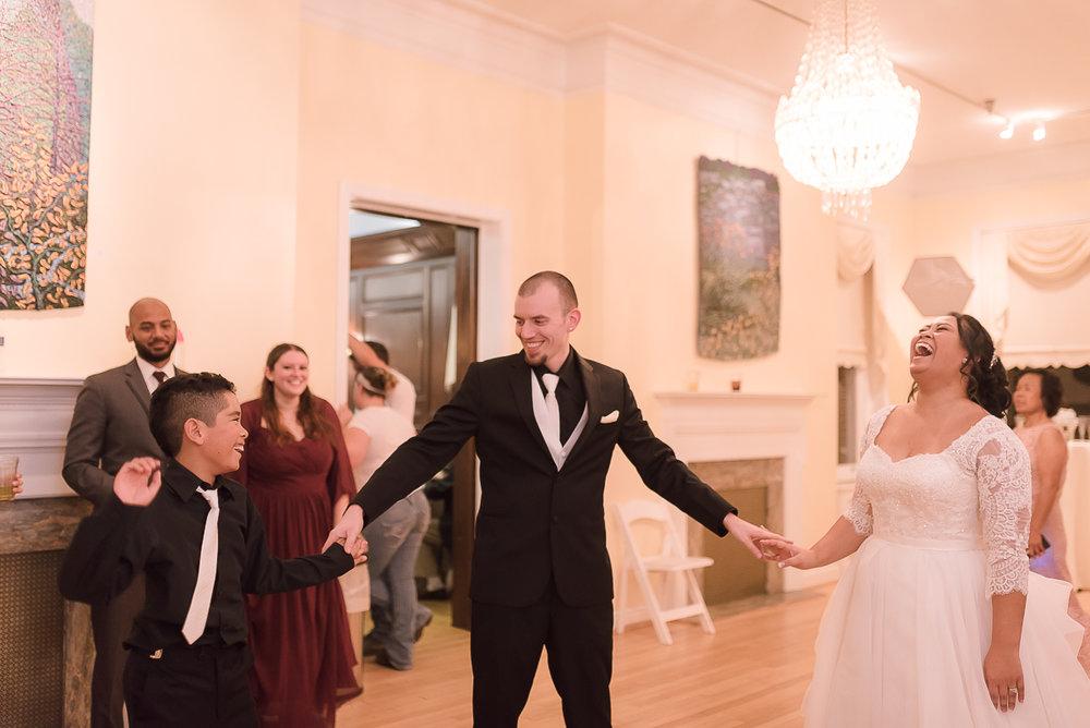Maryland-Kentlands-Mansion-Wedding-Bride-Groom-54.jpg