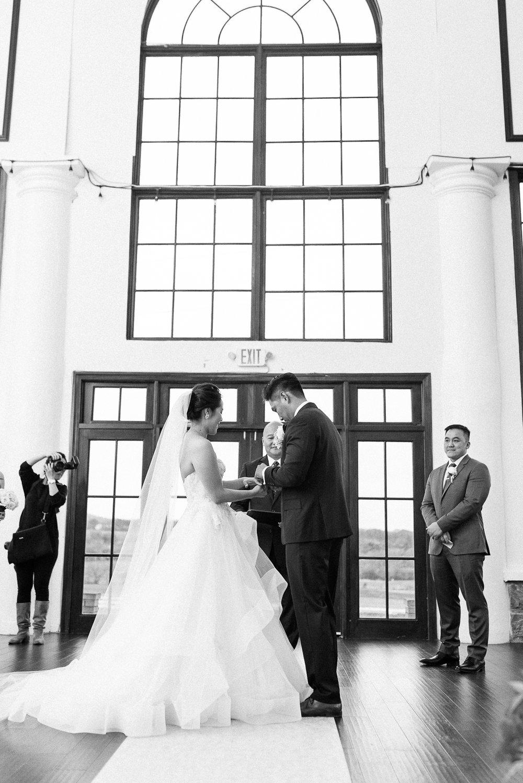 VA-Wedding-Raspberry-Plain-Manor-Fall-17.jpg