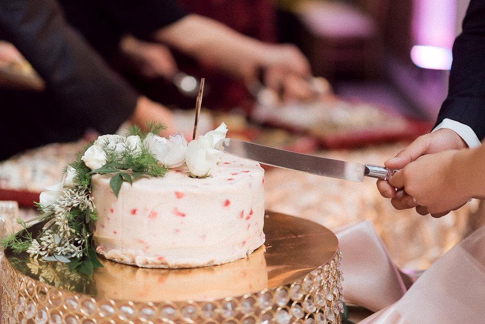 VA-Wedding-Raspberry-Plain-Manor-Fall-13.jpg