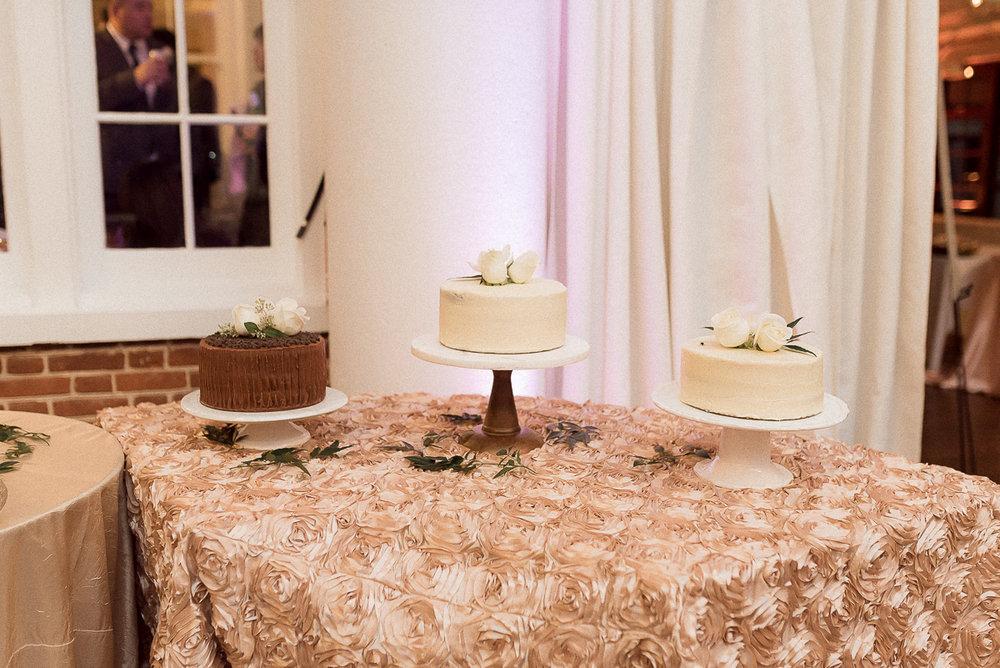 VA-Wedding-Raspberry-Plain-Manor-Fall-12.jpg