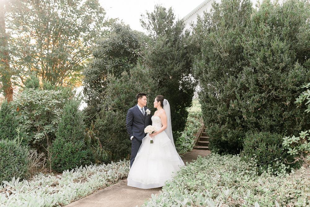 VA-Wedding-Raspberry-Plain-Manor-Fall-4.jpg