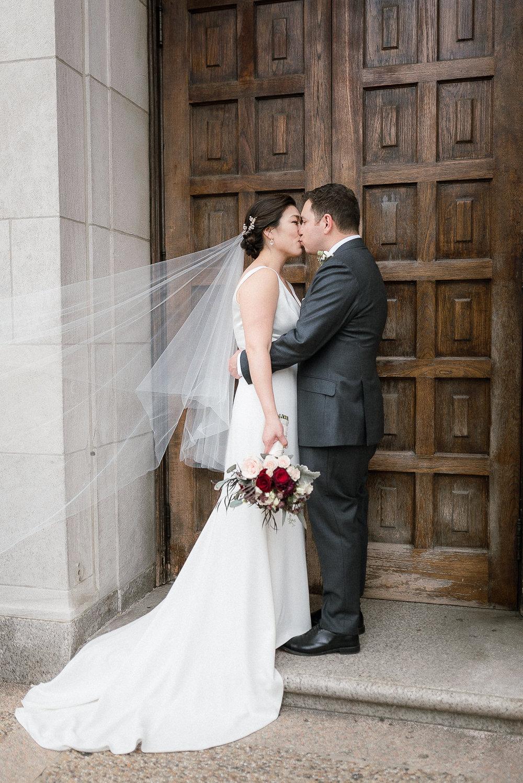 DC-Fall-Wedding-Fathom-Gallery-Bride-Details-34.jpg