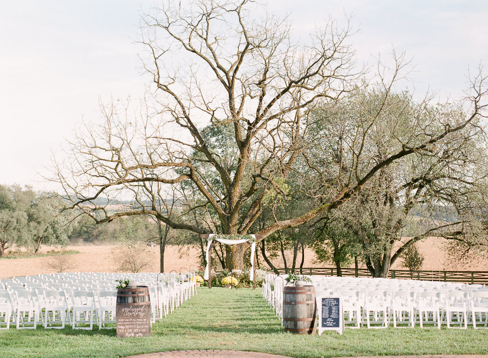 MD-Walkers-Overlook-Wedding-Bride-Get-Ready-44.jpg