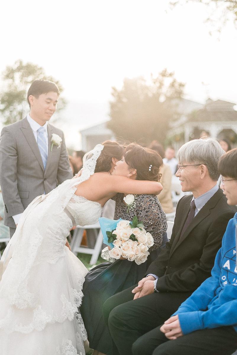 MD-Walkers-Overlook-Wedding-Bride-Get-Ready-58.jpg
